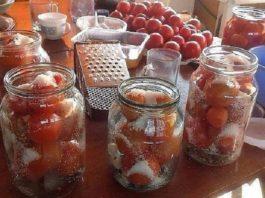 Делюсь рецептом засолки помидор в литровые банки