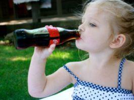 Так вредна ли детям Кока-кола? Ответ доктора Комаровского вас очень удивит!
