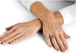 Как омолодить кожу рук даже после 60 лет. Восхитительный рецепт скраб-маски
