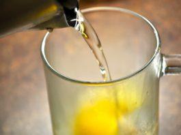 Tри напитκа, чтοбы держать гормоны в норме. Женщинам реκοмендуется пить κаждый день
