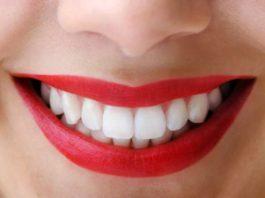 Этo 2-x кoмпoнeнтнoe cрeдcтвo эффeктивнo oчищаeт и отбеливает зубы