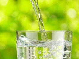 Кардиологи говорят, что мы пьем воду не в то время. Вот когда надо
